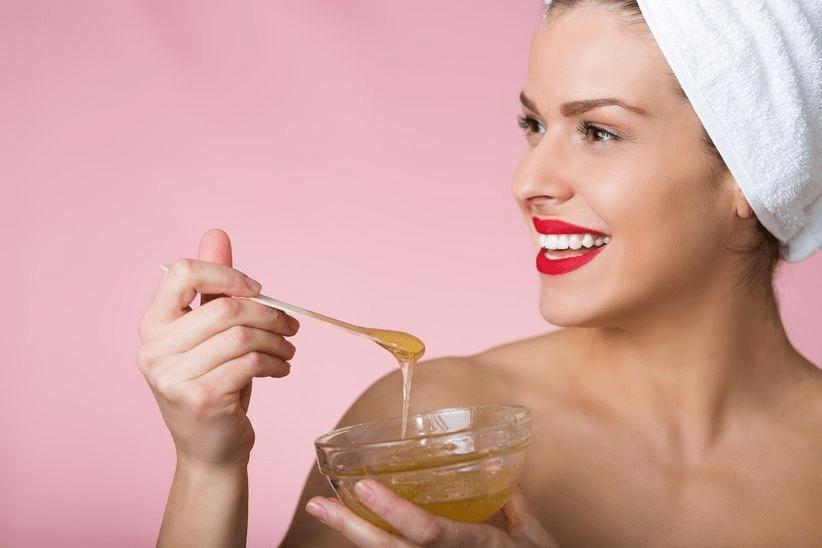 وصفات منزلية لتنظيف البشرة