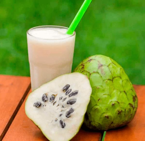 عصير فاكهة السرسوب :